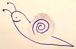 Ein mit Kugelschreiber bemalter Fingerabdruck wird zur Schnecke