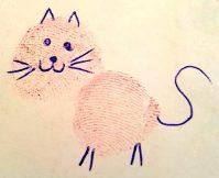 Ein mit Kugelschreiber bemalter Fingerabdruck wird zur Katze